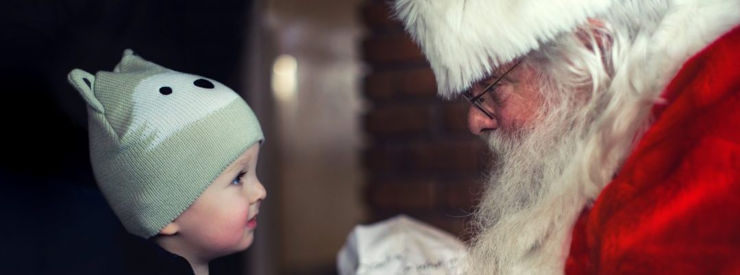 10 Ways to Spread the Love This Holiday Season