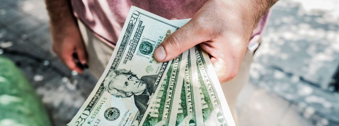 Study Finds People with Less Money Find Greater Pleasure in Relationships, Connectedness