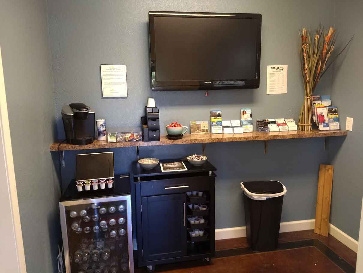 Thriveworks-Conway-Reception-pic