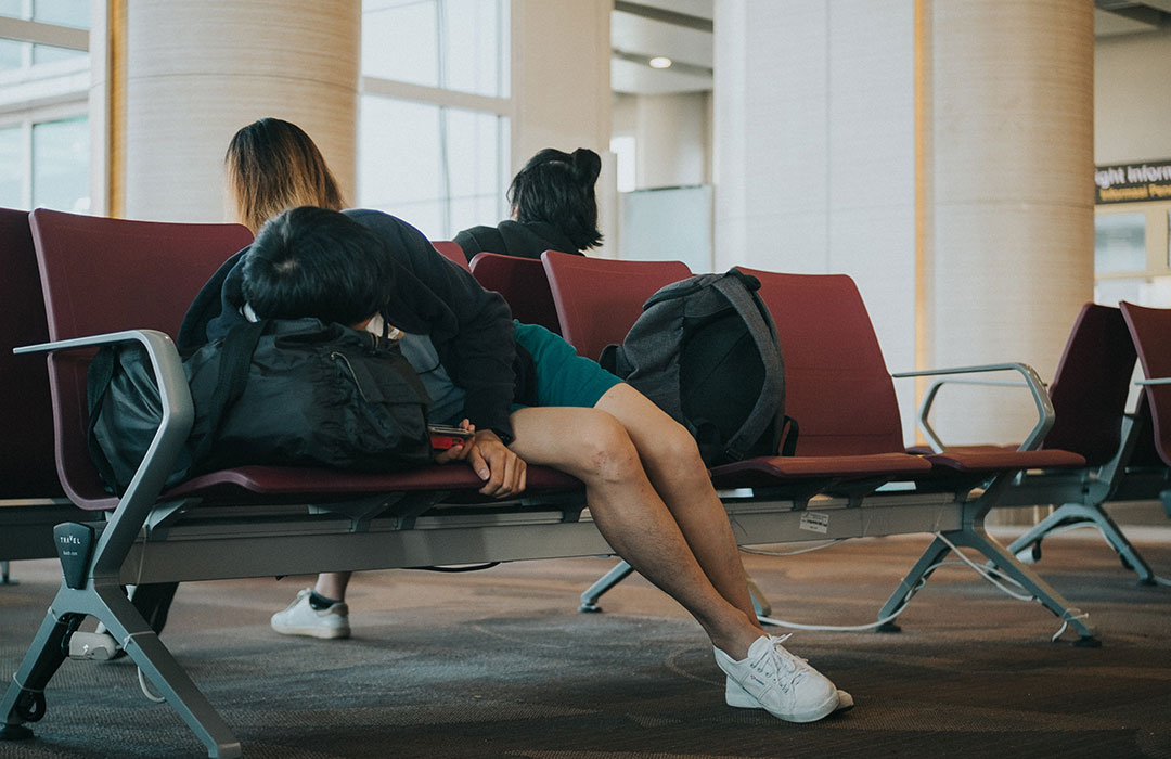 How-to prevent jet lag: 5 tips (Video)