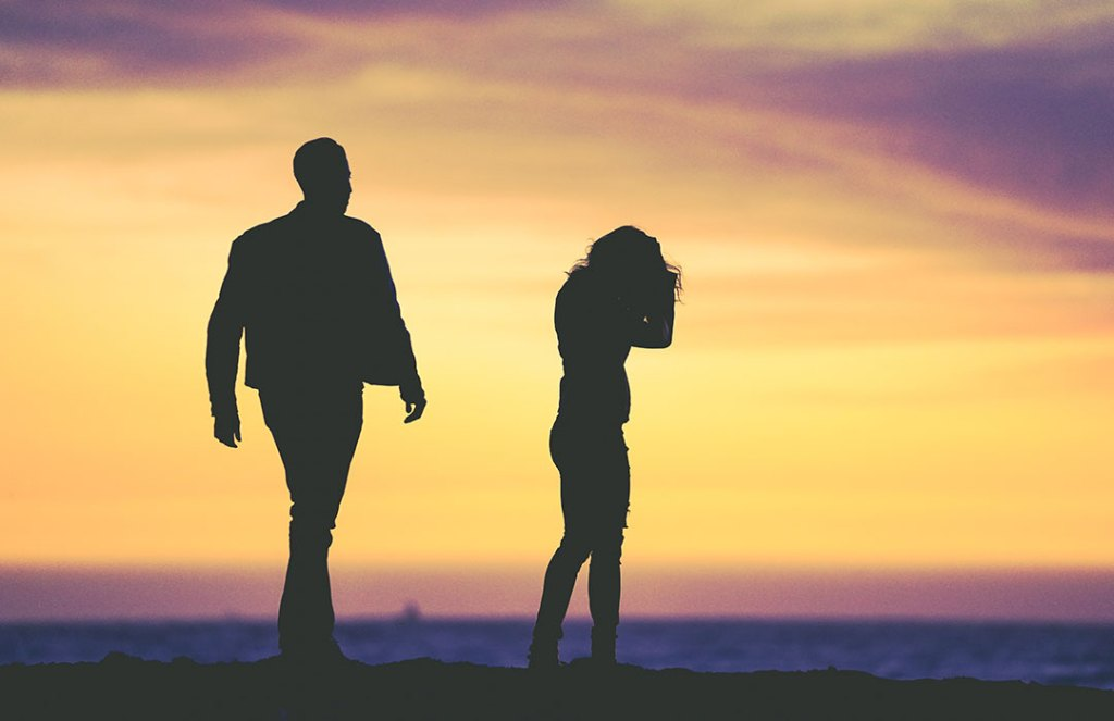 How-to overcome trust issues in your relationship (Video)