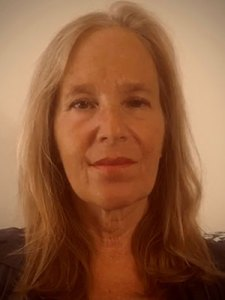 Elaine Pellegrini