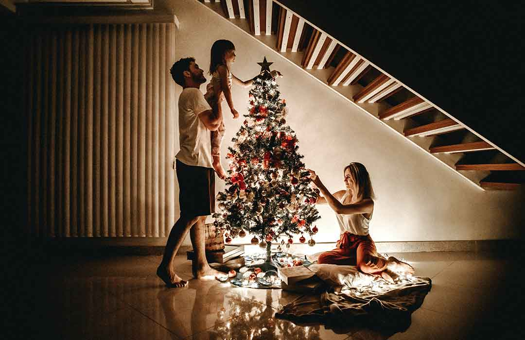 5 ways to survive family tensions during the holidays